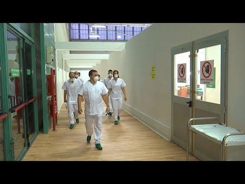 Работа российских военных врачей и медсестер в полевом госпитале Бергамо
