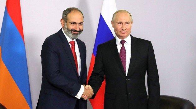 Никол Пашинян и Владимир Путин