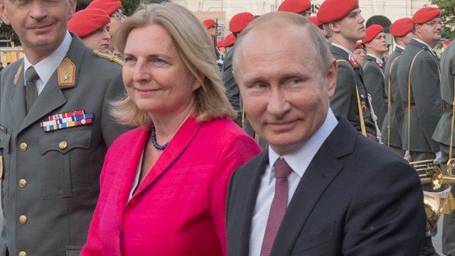 Карин Кнайсль, Владимир Путин
