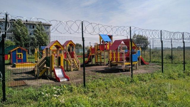 Детская площадка в Омске