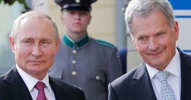«Забыли»: встреча Путина с президентом Финляндии началась с курьеза (видео)