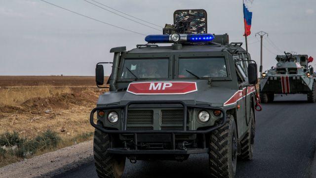 Российский военный патруль в Камышлы, Сирия. Тигр
