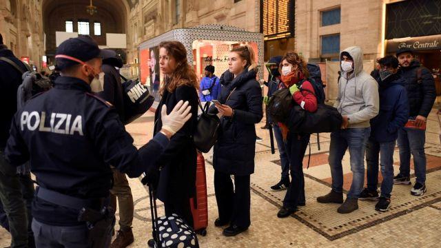 Полиция на вокзале Милана, 9 марта