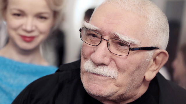 Армен Джигарханян и Виталина Цымбалюк-Романовска