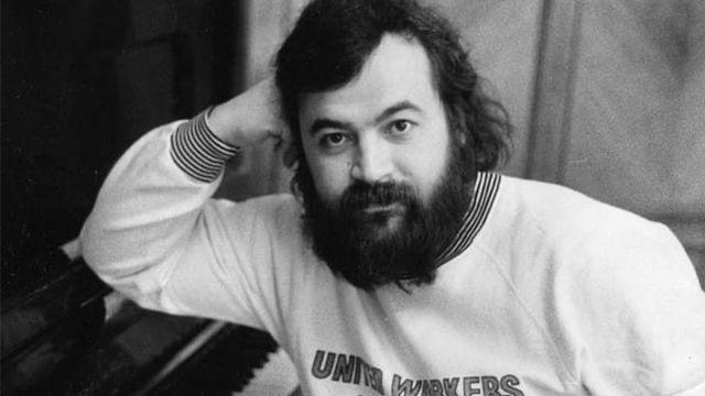 Олег Парастаев