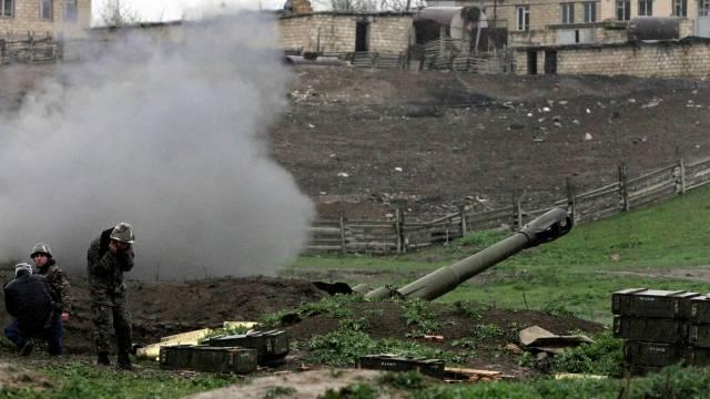 Армянская артиллерийская позиция в Нагорном Карабахе