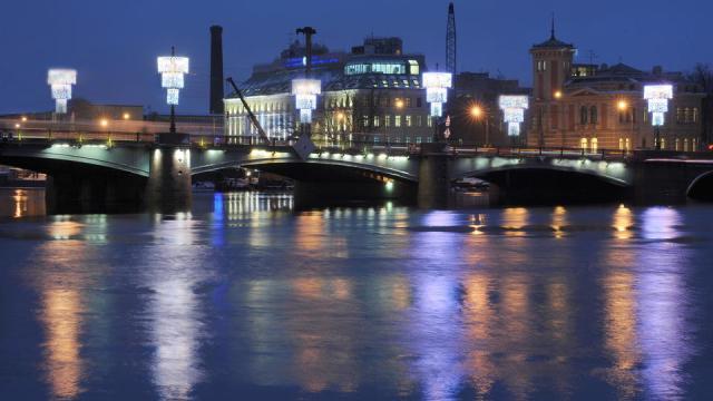 Сампсониевский мост в Санкт-Петербурге