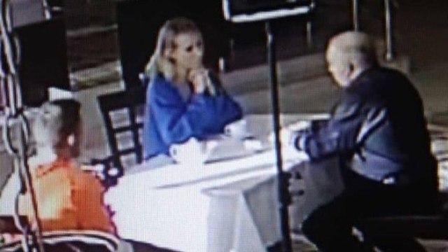 Собчак встретилась со скопинским маньяком в ресторане