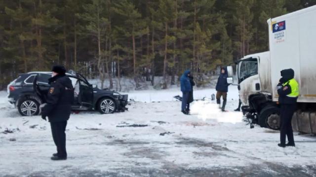 Семь человек погибли в аварии с фурой под Самарой