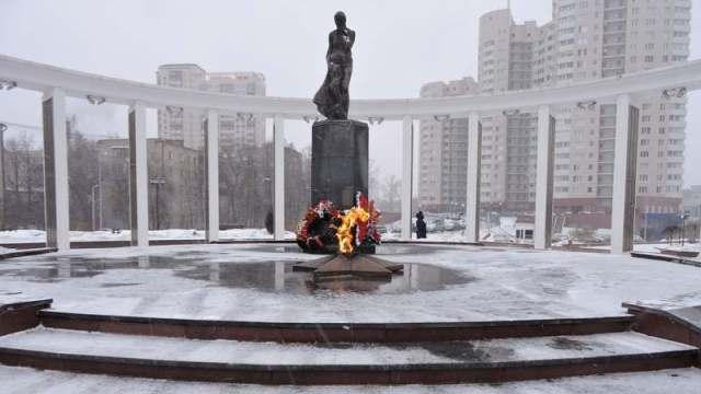 Мемориал «Скорбящая мать» в городе Пушкино