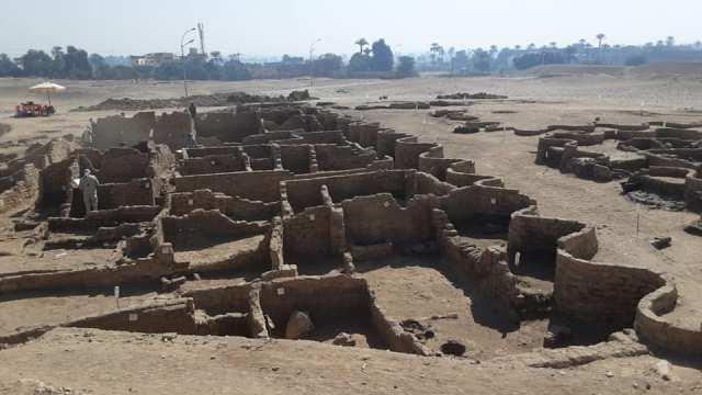 Затерянный тритысячи летназад «золотой город» нашли в Египте