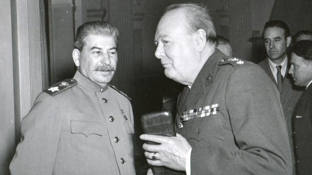 Иосиф Сталин и Уинстон Черчилль