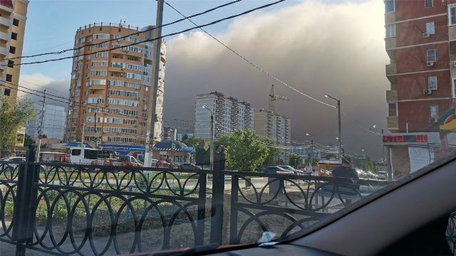 Пыльная буря обрушилась на Астрахань