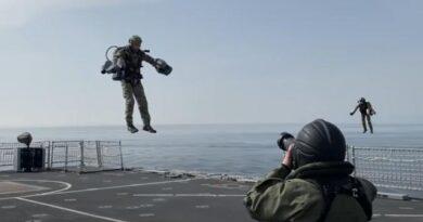 Британские морские пехотинцы научились летать