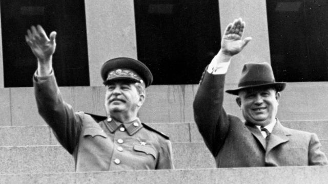 Иосиф Сталин и Никита Хрущёв