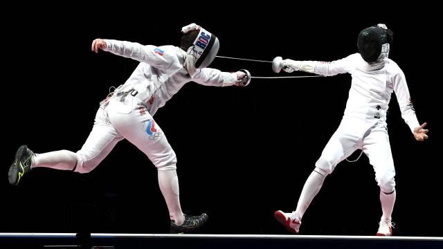 Российские шпажисты завоевали серебро ОИ-2020
