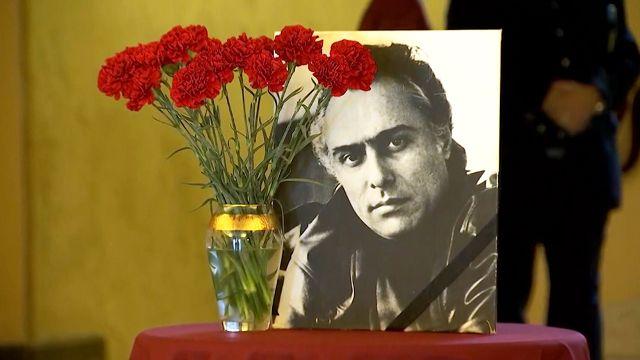 Прощание с Николаем Сличенко прошло в театре «Ромэн»