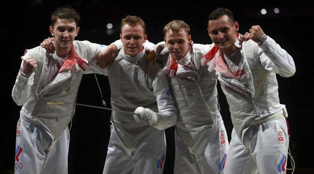 Российские рапиристы завоевали серебро ОИ-2020
