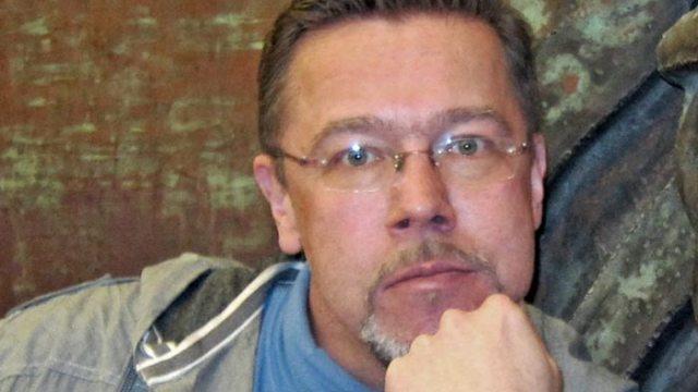 Актер Алексей Лагутин