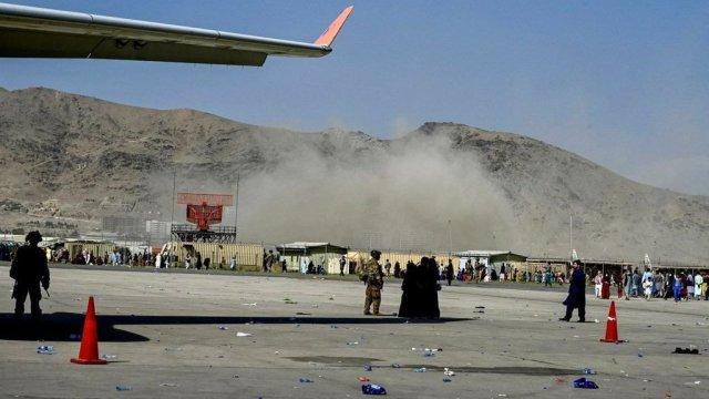 Взрыв в аэропорту Кабула